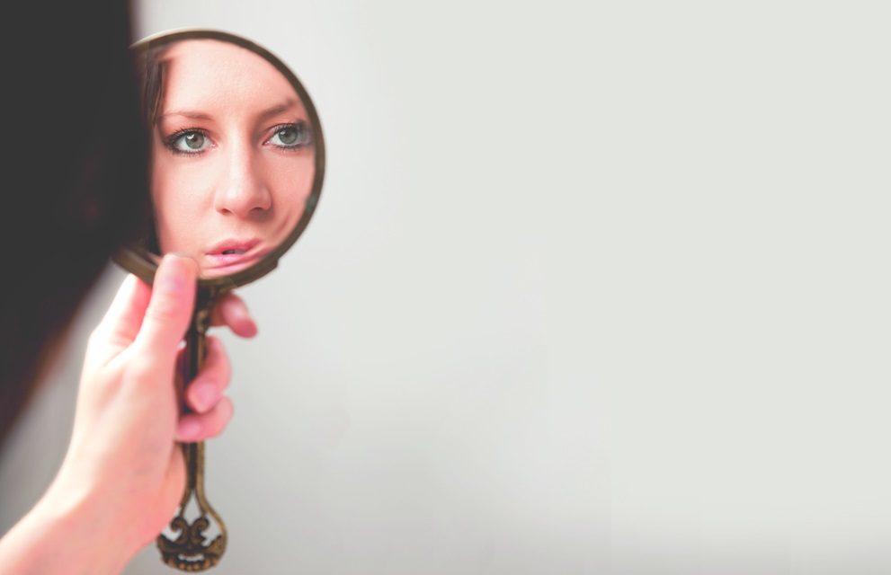 Conversaciones con el espejo